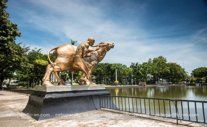 Capitol Park điểm đến hấp dẫn tại Bacolod