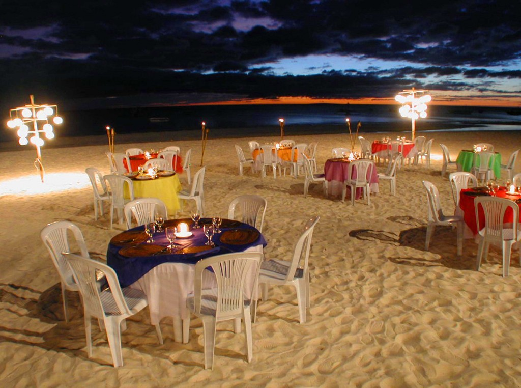 sea-wind-boracay-beach-dining-1024x762