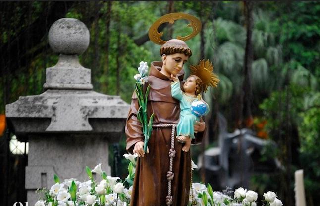 Ghé thăm công viên Luis de Camoes ở Macao
