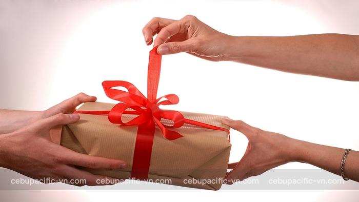 Nếu bạn được tặng quà nếu không được sự đồng ý của người tặng