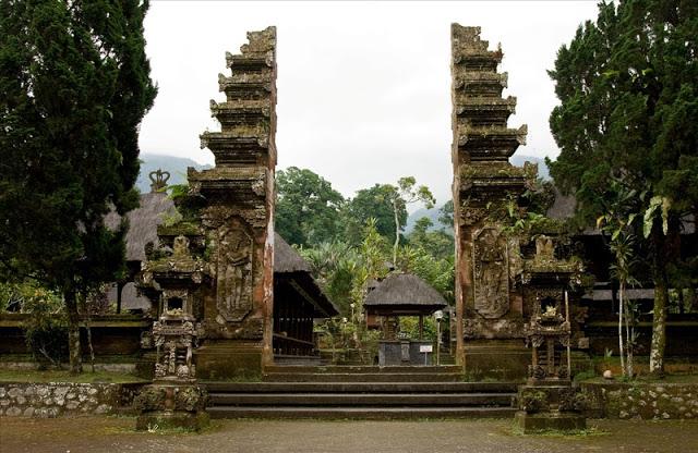 Đền Pura Luhur Batukaru