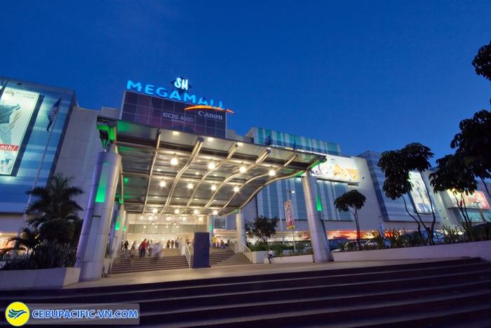 Mega Mall1