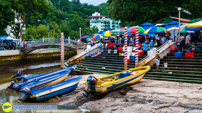 Bến thuyền Tamu Kianggeh