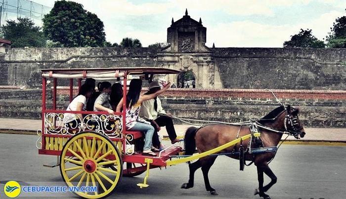 Xe ngựa kéo Kalesa