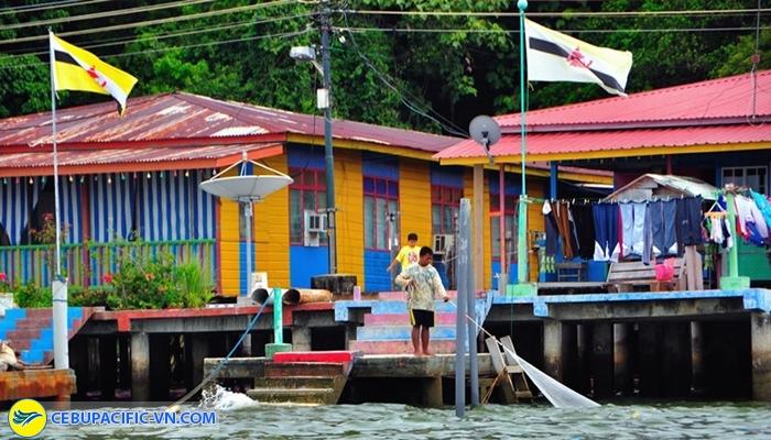 Khu làng nổi Kampong Ayer