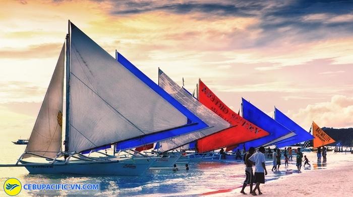 Lướt thuyền buồm