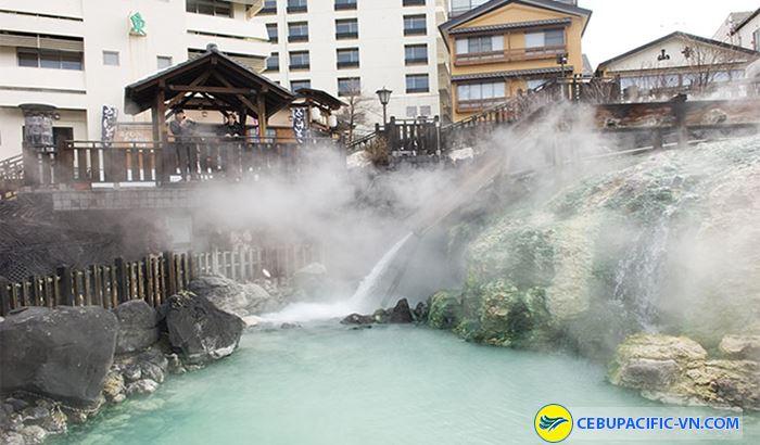 Suối nước nóng tại Gunma