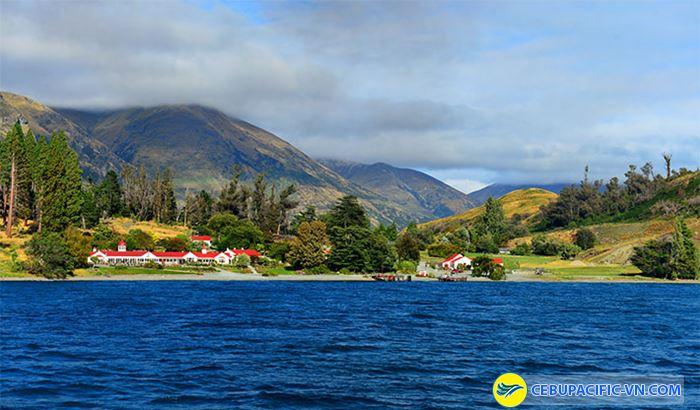 Hồ Xanh ở New Zealand như ngọc bích