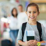 Trẻ em dưới 14 tuổi được cấp chung vào hộ chiếu của bố hoặc mẹ