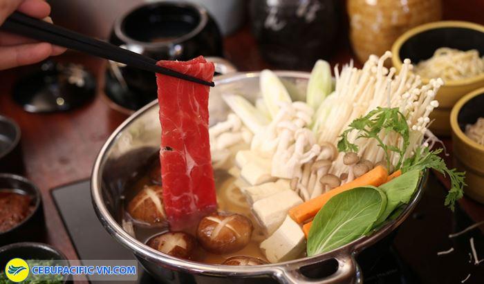Sukiyaki là món lẩu được yêu thích nhất Nhật Bản