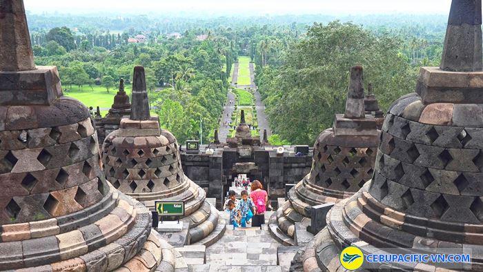 Công trình Phật giáo lớn nhất thế giới Borobudur