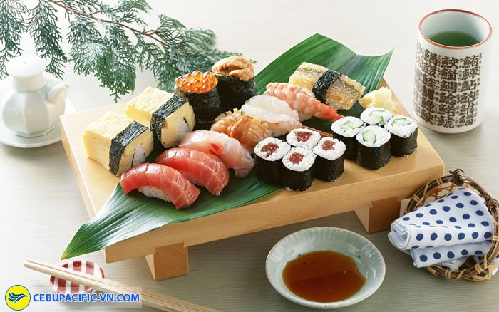Sushi là món ăn nổi tiếng nhất Nhật Bản