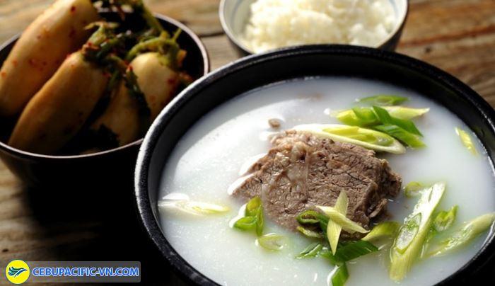 Seolleongtang món súp làm từ thịt bò
