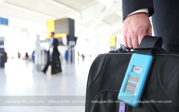 Đính kèm thông tin cá nhân lên hành lý khi đi máy bay